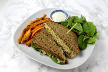 Kichererbsen Salat Thunfisch Sandwich vegan