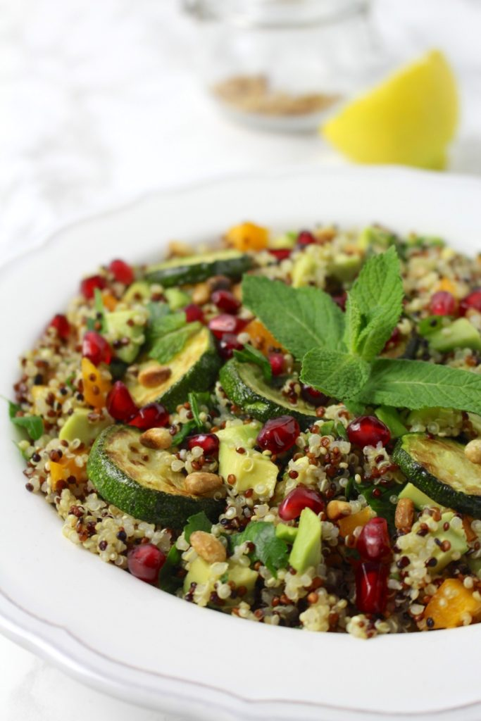 Quinoa Salad healthy vegan to go