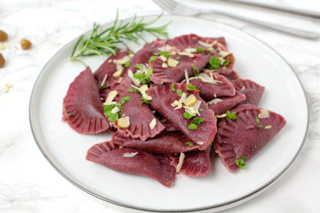 Spelt Ravioli vegan beetroot