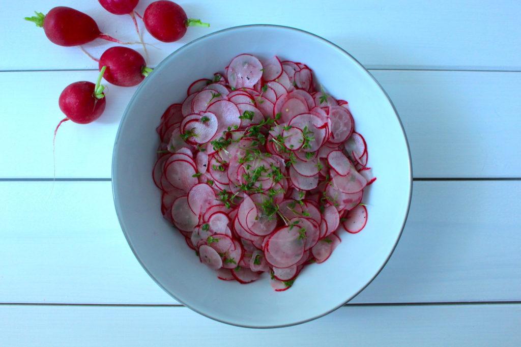 Radieschensalat radish salad vegan bavarian