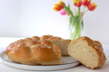 Hefezopf vegan braided yeast bread bun